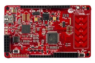 Kit con microcontrolador para diseño