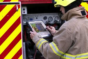 Tablet PC resistente con teclado extraíble