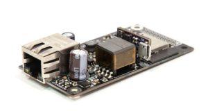 Placa microcontroladora para uso en red