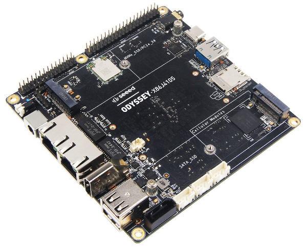 Miniordenador x86 expansible con soporte para Arduino