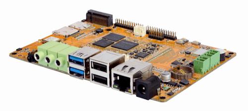 Con un rico conjunto de interfaces de E/S, este SBC para soluciones AIoT también presenta un amplio conjunto de posibilidades de conectividad. El EM1808 de Boardcon consiste en un ordenador en placa (SBC, de Single Board Computer) basado en el procesador RK1808 de Rockchip para tareas de inferencia en redes neuronales, el cual proporciona un alto rendimiento con un bajo consumo, habiendo sido pensado para su uso en dispositivos móviles como acelerador de hardware para redes neuronales. Este chip, el RK1808, está equipado con una potente unidad NPU, siendo de fácil programación, y compatible con las principales plataformas en el mercado, tales como Caffe, o Tensor Flow entre otras. El sistema informático EM1808 dispone de conectividad 4G, Wi-Fi y Bluetooth, y receptor GNSS compatible con la constelación GPS, estando preparado para cubrir las necesidades de cualquier desarrollador de la AIoT (Inteligencia Artificial de las Cosas, por sus siglas en inglés) que quiera trabajar creando productos de alto rendimiento. Su misión es la de dotar de capacidades de inteligencia artificial a los dispositivos embebidos. Características técnicas en la tarjeta CPU El nuevo SBC para soluciones AIoT de Boardcon dispone de una CPU ARM de arquitectura de doble núcleo Cortex-A35 corriendo a 1,6 GHz, un rendimiento de computación NPU de hasta 3 TOPs, y una VPU que soporta códecs de vídeo de 1080p, un array de micrófonos con funcionalidad de hardware VAD, y señal de entrada de cámara de vídeo con ISP incorporado. Dispone de una memoria RAM de 2 GB de tipo LPDDR3, así como un almacenamiento interno de tipo flash eMMC. Este último puede ser ampliado por dos vías distintas: por un lado, una interfaz M.2 para unidades SSD y, por el otro, un slot microSD. También contamos con tres puertos USB 2.0 host, y un puerto USB 3.0 host, así como un minijack de audio de 3,5 mm tanto para entrada como para salida de audio. Para la conexión de una cámara, disponemos de una cabecera MIPI CSI de 26 pines, m