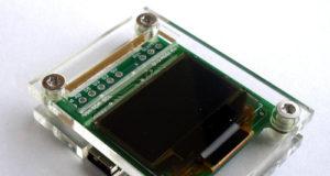 Placa con microcontrolador y pantalla OLED