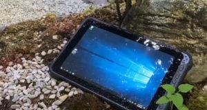 Rocktab L110 Tablet PC industrial con pantalla brillante