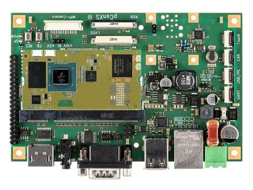 pConXS III, Placa base SOM compacta y multifuncional