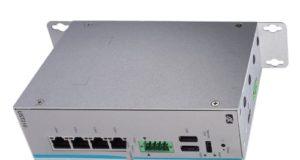 UST210-83K-FL box PC para vehículos